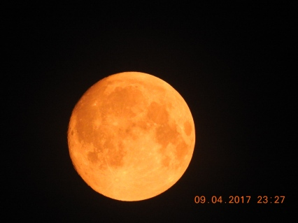 Red Moon-09/04/2017